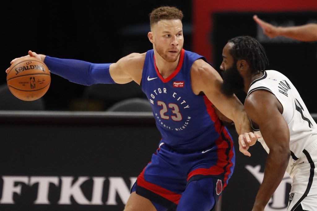 Griffin Signs with Nets